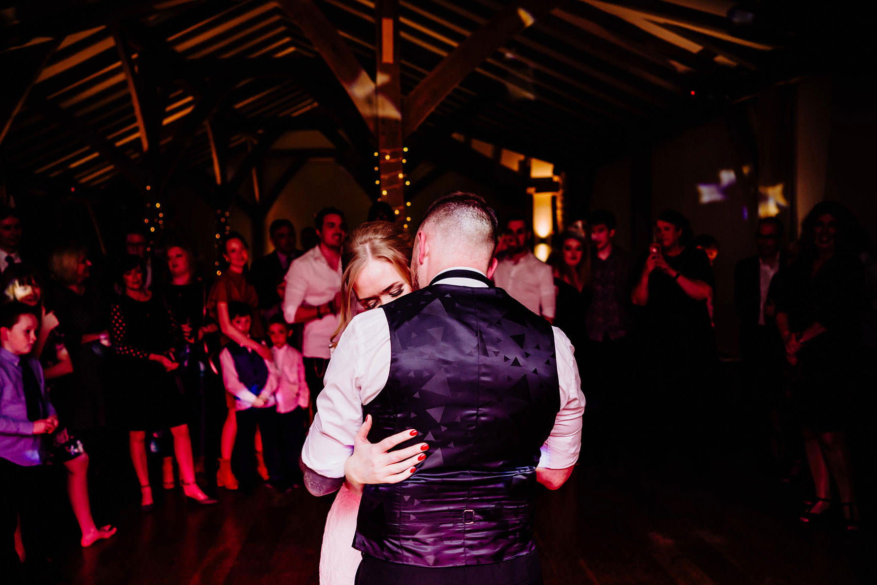 a romantic first dance photograph