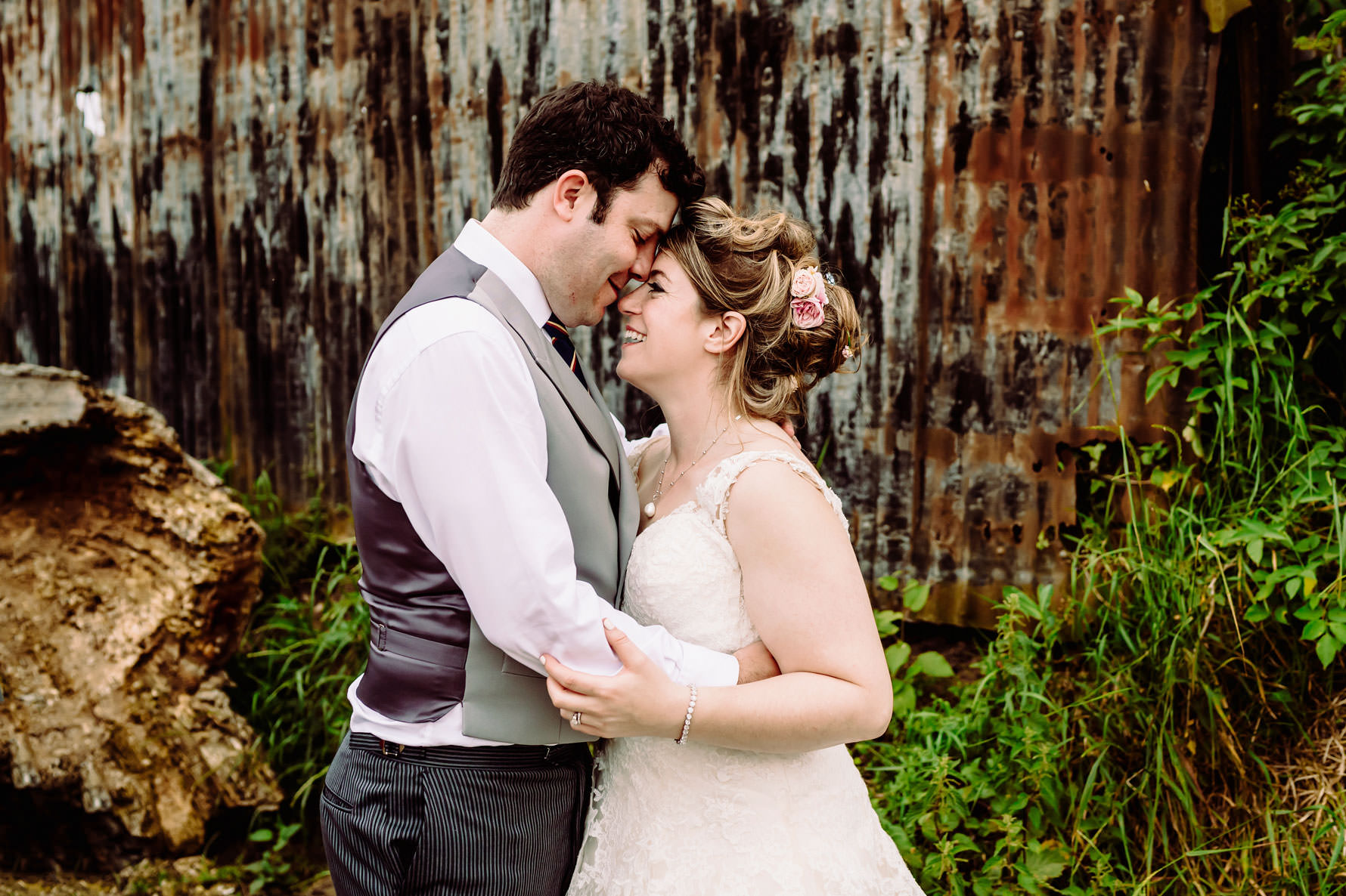 relaxed wedding photography by elliot w patching